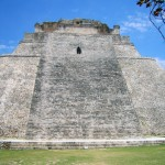 Pyramide des Wahrsagers in Uxmal